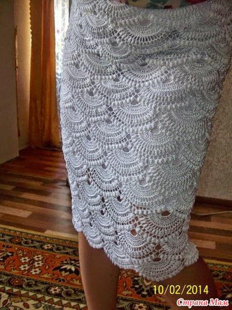 Falda tejida con ganchillo basada en Giovanna Diaz