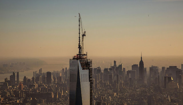 Topped out 1WTC and Midtown Manhattan