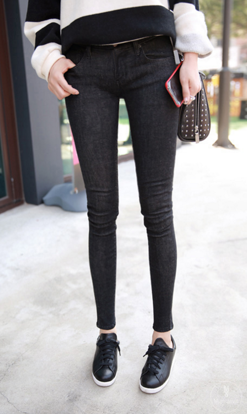 Stone Washed Black Skinny Jeans