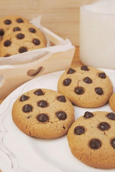 http://www.galletilandia.com/blog/cookies-de-crema-de-cacahuete-sin-azucar/