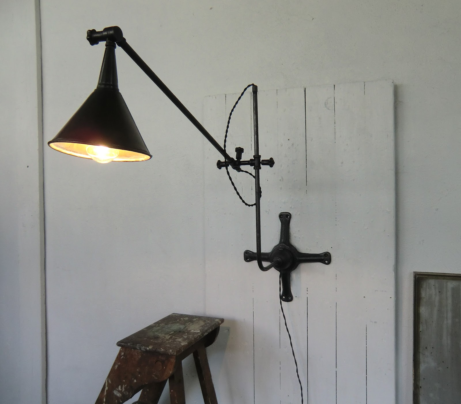 Wo and w collection lampe murale industrielle bras articul orientable vintage design - Lampe murale industrielle ...
