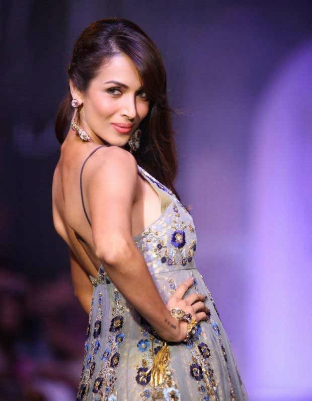 Malaika Arora Khan showcases a creation by Anju Modi