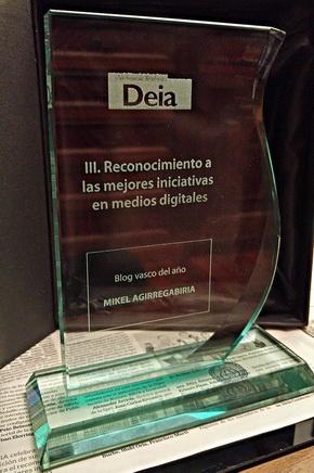 Premio DEIA al Mejor Blog 2015 para quienes conversamos aquí