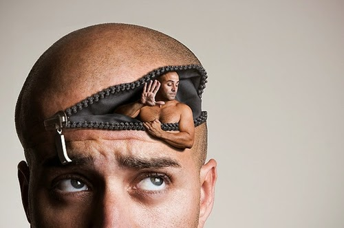 01-Inner-Thoughts-Surreal-Self-Portrait-Artist-Manu-Pombrol-www-designstack-co