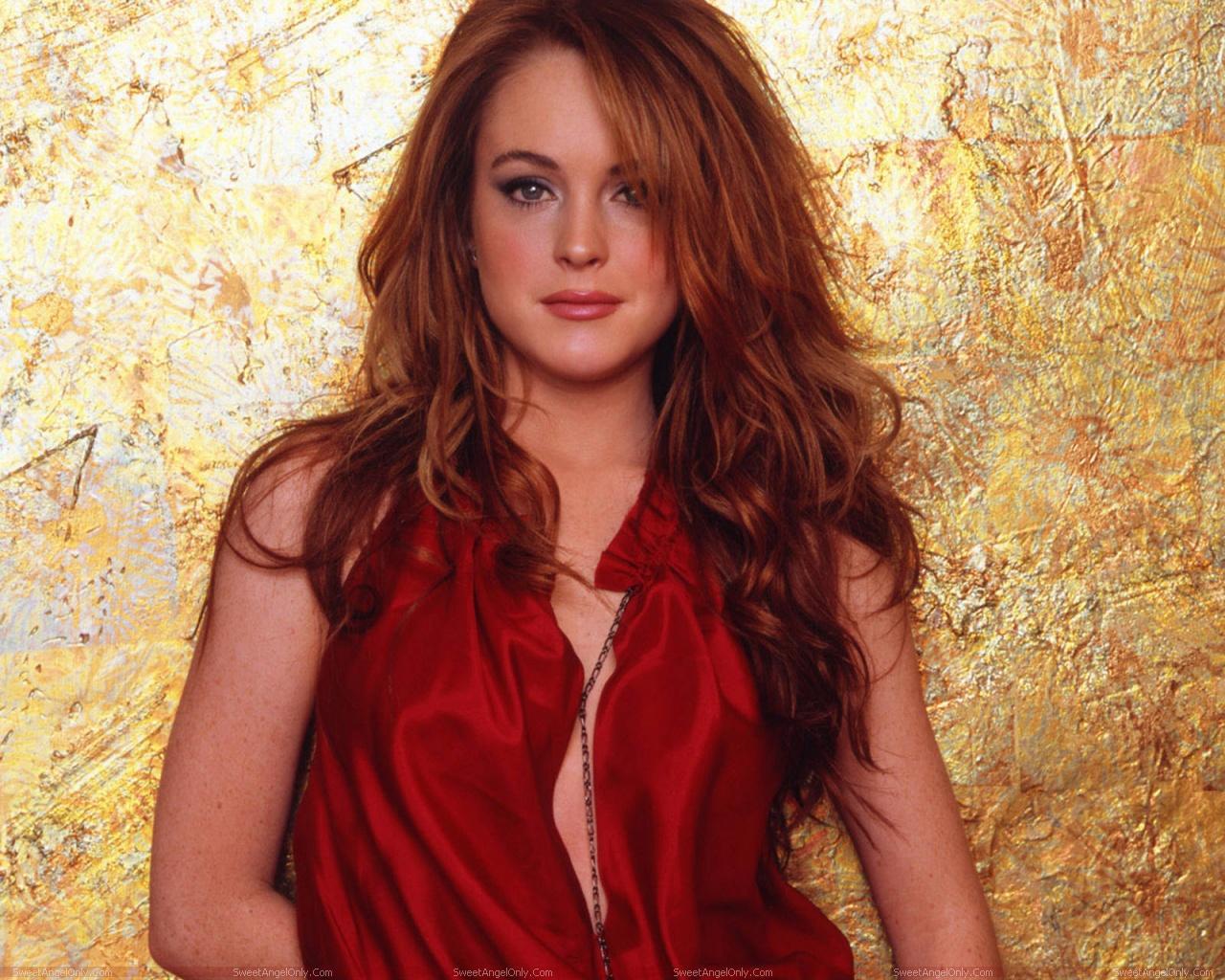 http://1.bp.blogspot.com/-xmdArn12aak/TYcCXqpdHPI/AAAAAAAAFv8/Cu0r85m6n2k/s1600/lindsay_lohan_hollywood_hot_actress_wallpaper_sweetangelonly_29.jpg