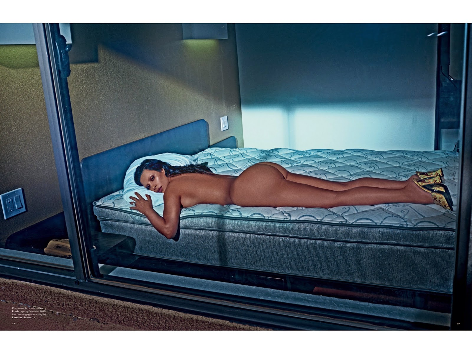 Nude kim selfie kardashian