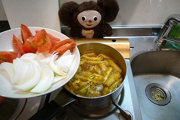 フレッシュトマトの入った和風チキンカレーの作り方(3)