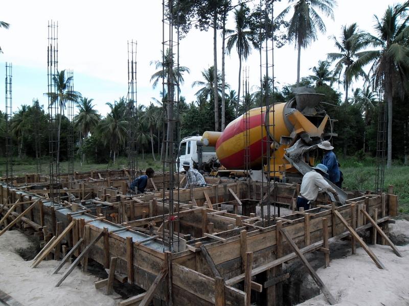 maison thailande construction maison sous les cocotiers. Black Bedroom Furniture Sets. Home Design Ideas