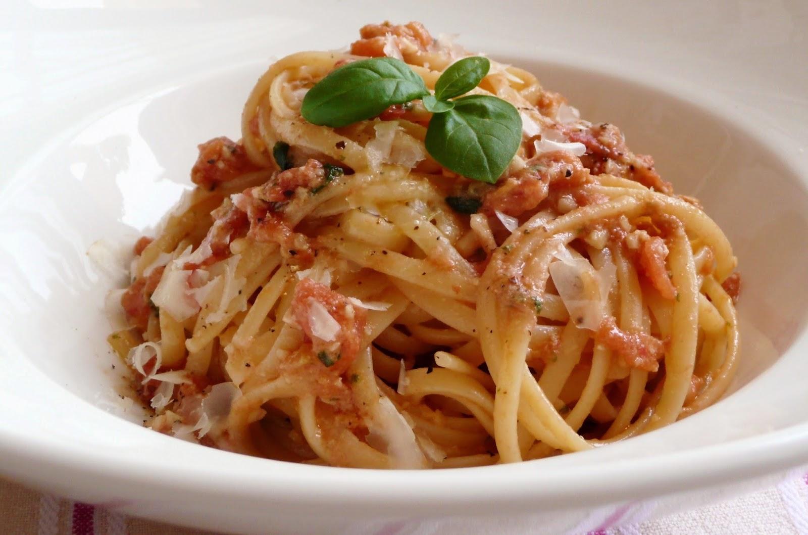 trapanese pesto spaghetti al pesto trapanese with pesto trapanese