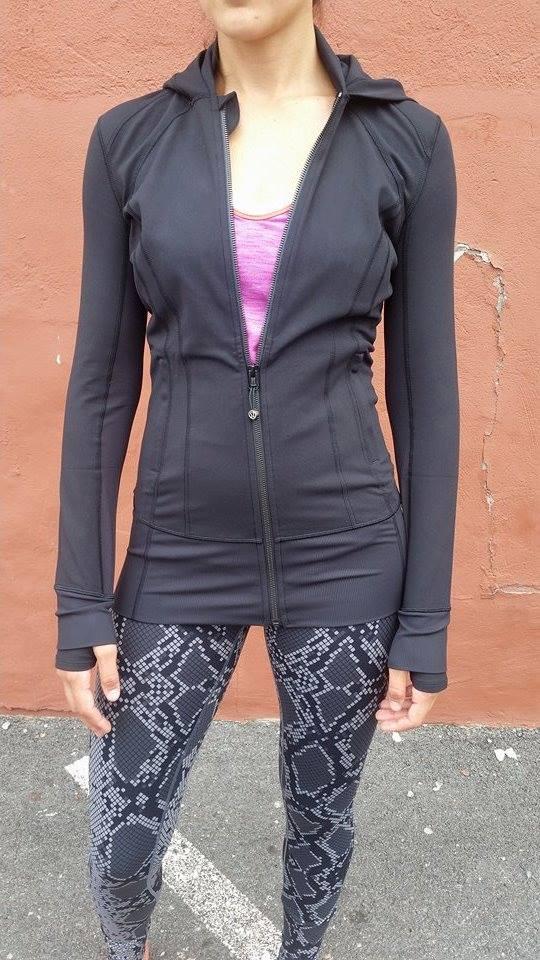 lululemon-daily-practice-jacket black