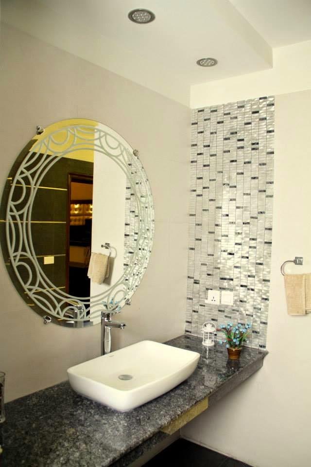 Modern interior ceiling design bath living kitchen for Washroom styles in pakistan