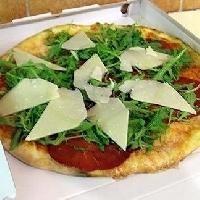 "<img alt=""Bresaola pizza recipe and Grana"""