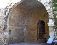 Entrada a la Cueva de Salamanca