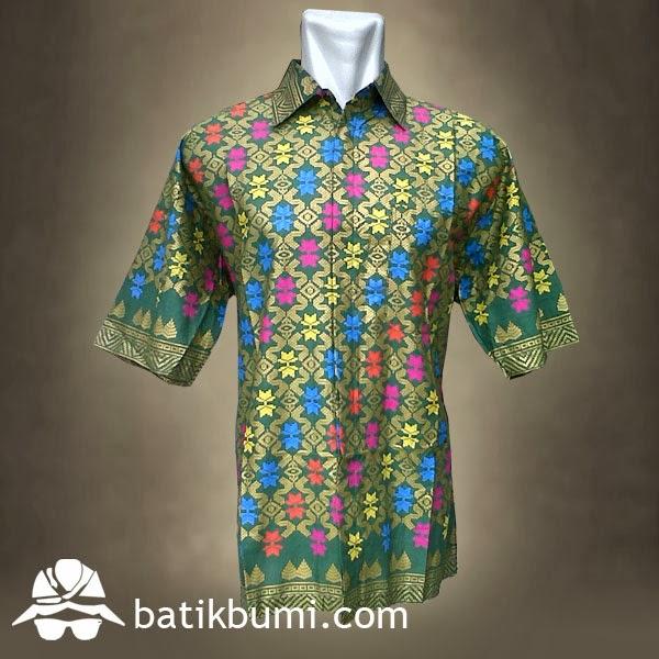 Kemeja batik solo