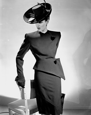 Amazing 40s suit #1940s #fashion #suit #vintage