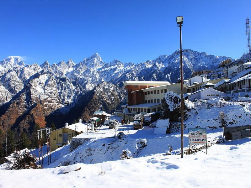 Snow covered Auli - enroute on the Kuari pass Trek