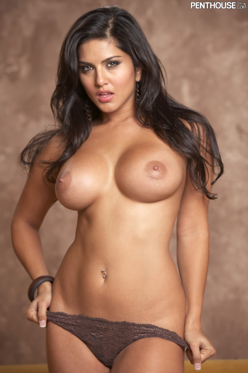 black hair naked big tit