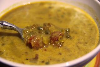 Indyjska (wegańska) zupa z czerwonej soczewicy