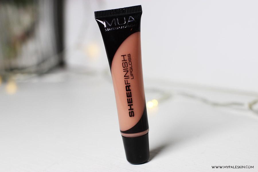 MUA, make up academy, cosmetics, lipstick, lipgloss, lip lacquer, luxe
