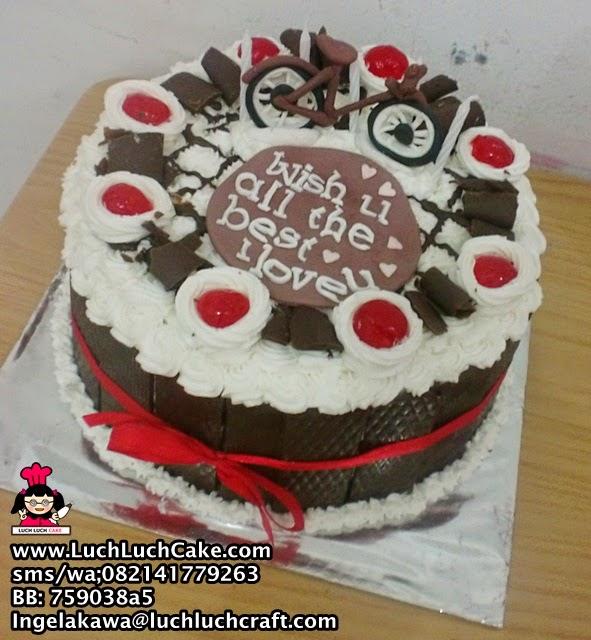 Kue Tart Blackforest Tema Sepeda Daerah Surabaya - Sidoarjo
