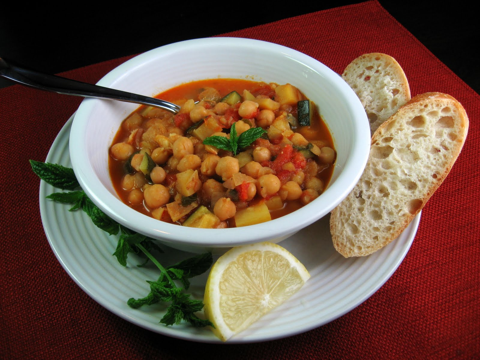 Robyn Cooks: Moroccan-Style Chickpea Soup