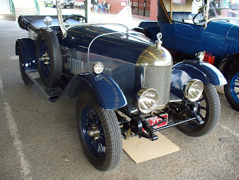 #4 Classic Cars Wallpaper