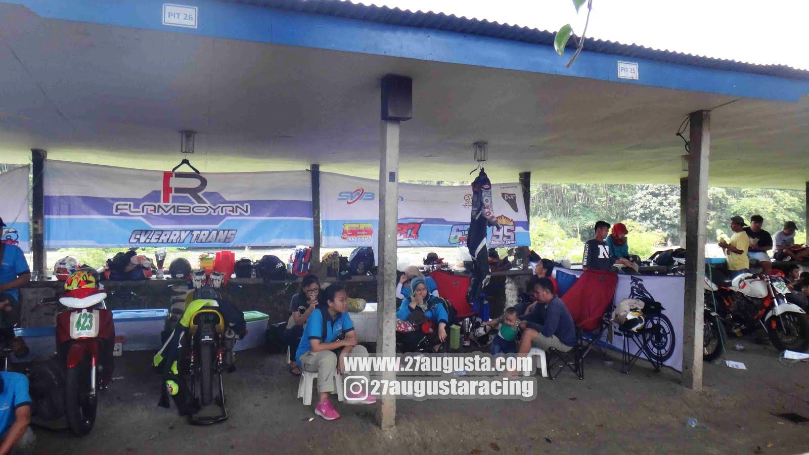 Circuit Sentul : Trackday di sentul karting u bekasi cornering piknik narsis