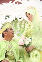 MY BiG Bro (j.j) wif my SiS in LaW (kak InA)