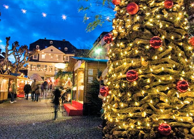 EuroTravelogue™: Top 5 Reasons to go on a European Christmas ...
