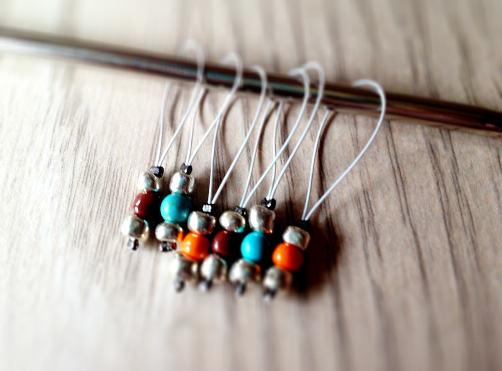 Knitting Stitch Markers How To Make : Studio desiloop make snag free knitting stitch markers