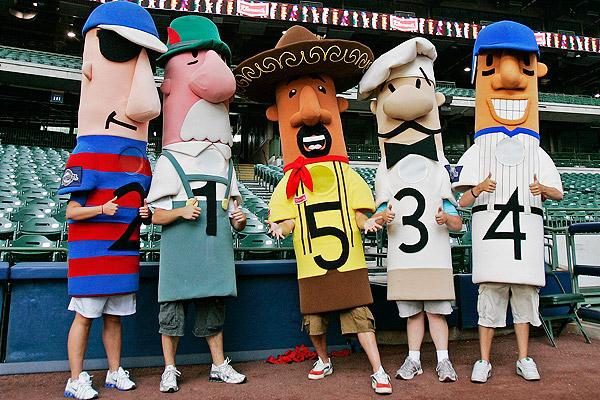 Milwaukee Brewers Hot Dog Race
