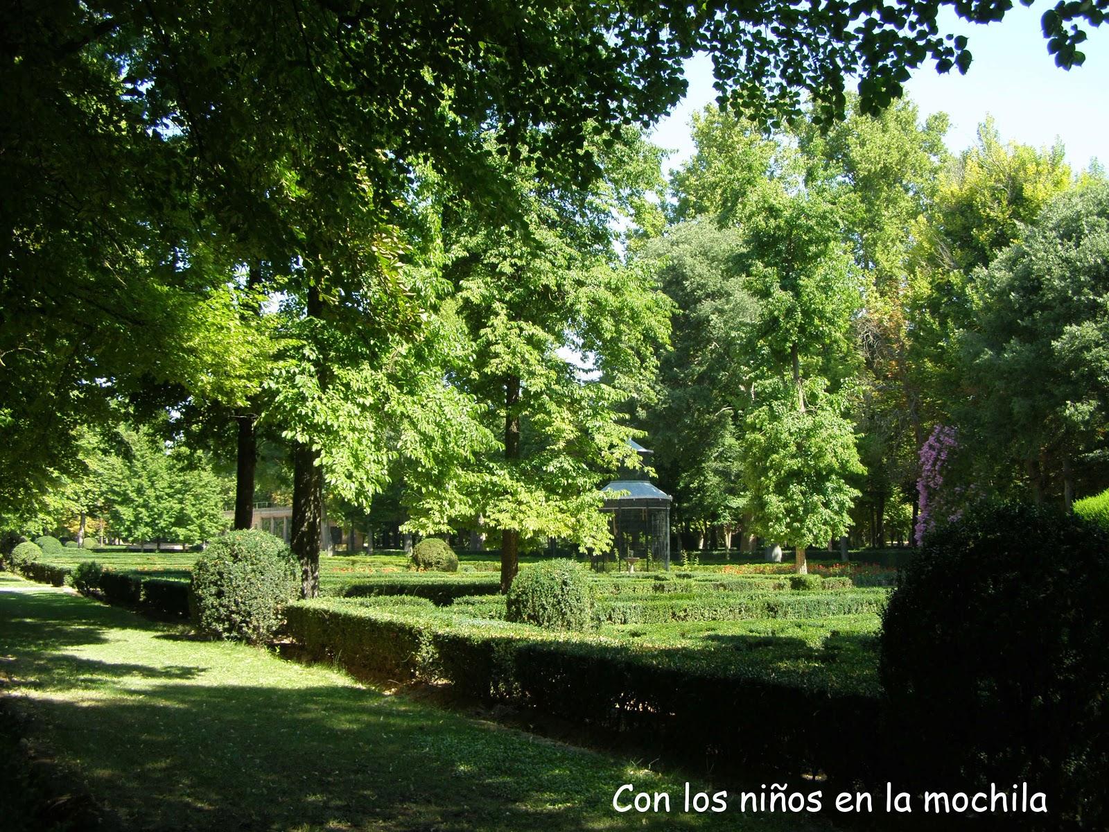 Aranjuez con ni os el palacio real el jardin de la isla for El jardin de aranjuez