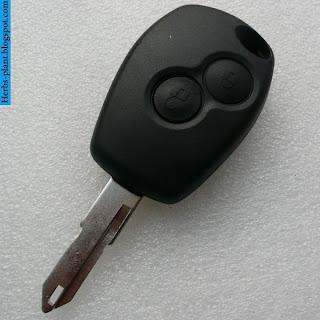 Renault fluence car 2013 key - صور مفاتيح سيارة رينو فلوانس 2013
