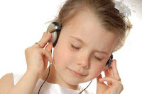 Baik dan buruknya anak mendengarkan musik pentingnya musik bagi kecerdasan anak