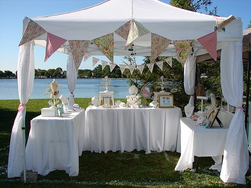 Hugs and keepsakes fall craft fair display ideas for 10x10 craft show tent