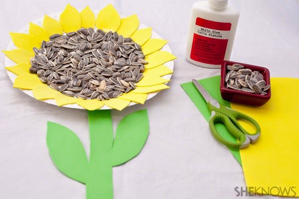 http://www.sheknows.com/parenting/articles/1007821/sunflower-crafts-for-kids