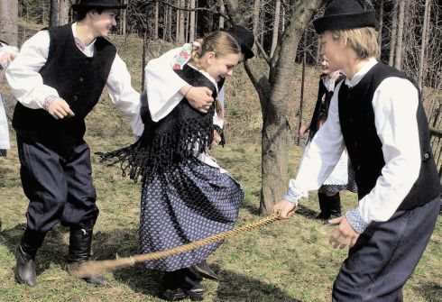 Spanking traditions