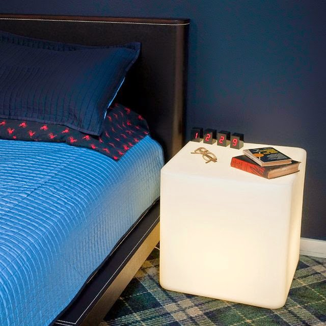 Coolest Bedside Gadgets for You - Illuminated Table