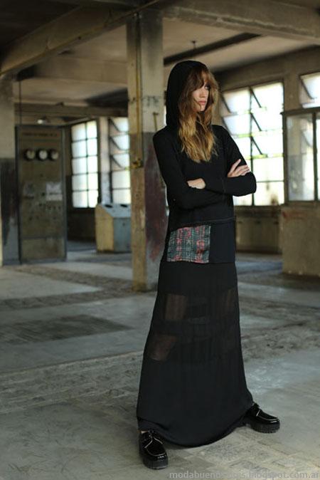 Falda larga con transparencias, colección Tucci otoño invierno 2014.