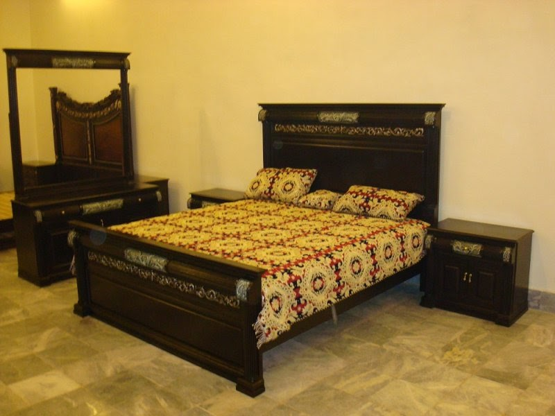 Bed sets 2 chiniot furniture for Bedroom designs pakistani