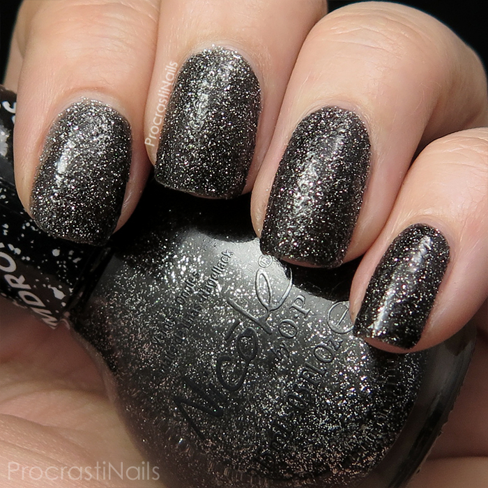 Swatch of Nicole by OPI Gumdrops A-Nise Treat with top coat