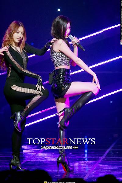 NS Yoon-G Yasisi Live