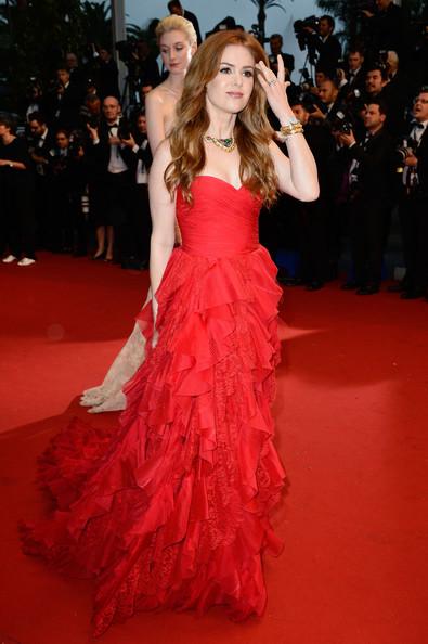 Isla Fisher Oscar de la Renta elbisesiyle