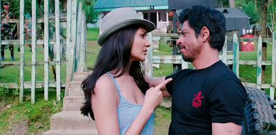 Anushka Sharma Sizzling Chemistry with Shahrukh Khan in Jab Tak Hai Jaan | Photo Gallery