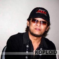 Download Lagu Deddy Dores - Mendem Kangen (Versi Indonesia) Mp3