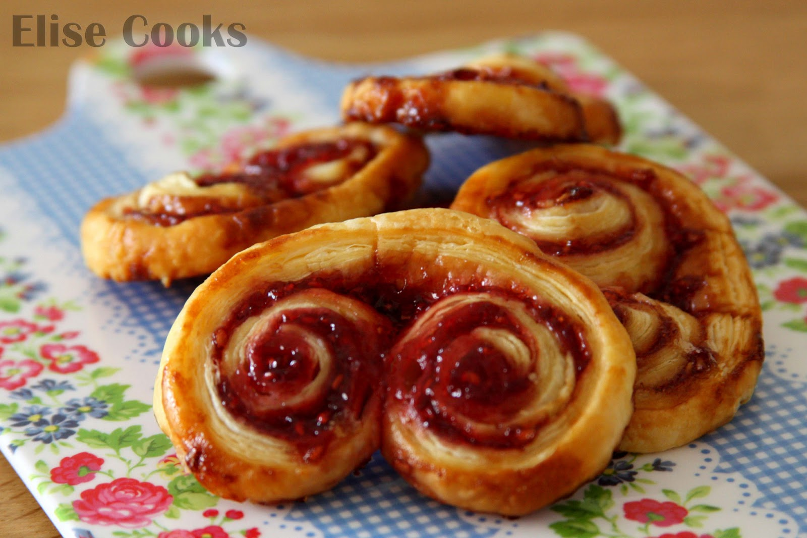 palmiers feuillet s la confiture de framboise elise cooks. Black Bedroom Furniture Sets. Home Design Ideas