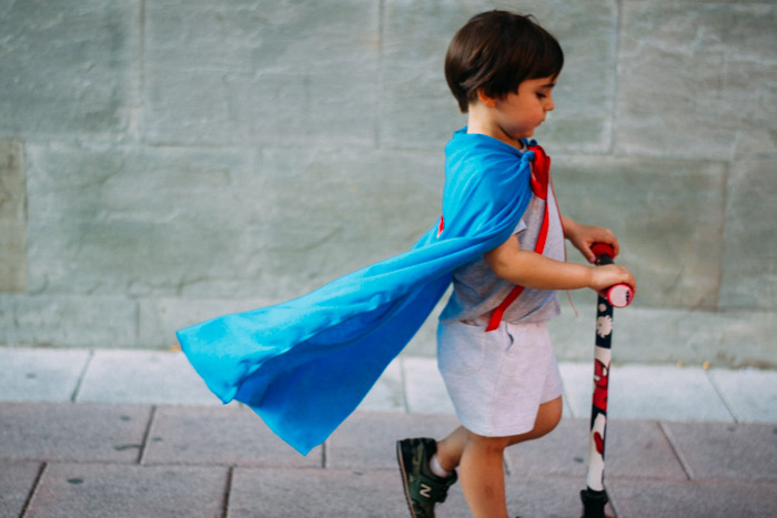Como hacer capas de Superhéroes DIY