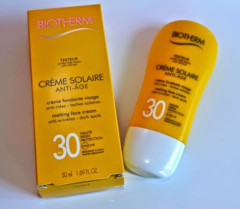 beauty and fashion review biotherm cr me solaire anti age spf 30. Black Bedroom Furniture Sets. Home Design Ideas