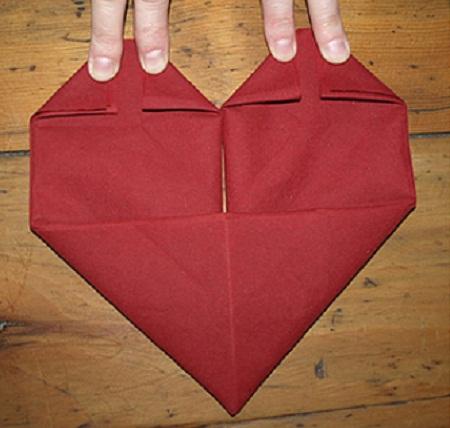 Como doblar servilletas para san valentin - Como doblar servilletas de tela ...