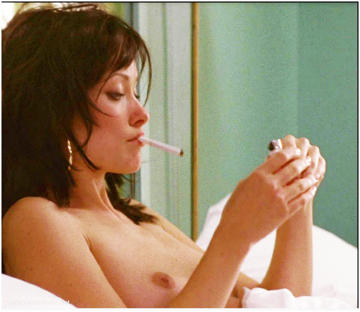 Olivia Wilde Smoking Nude